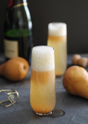 Pear Ginger Bellini in tall glass
